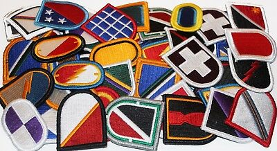 $34.29 • Buy Lot Of 60 Assorted Army Insignia Beret Multicolor Flash & Oval Military Patches