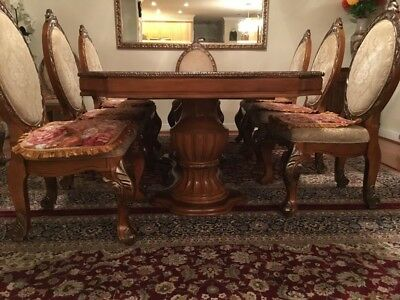 $600 • Buy Antique Mahogany Dining Table 8-12 Person