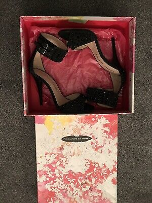 Ladies Chinese Laundry Shoes Size 5 • 20£