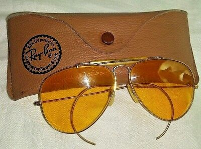 eed2a2dbdc Vintage Bausch Lomb Ray-Ban Aviator Sunglasses In Hard Case • 140.00