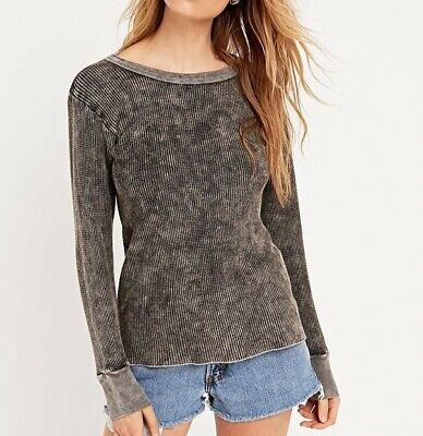 AU30 • Buy Urban Outfitters Vintage Knit Long Sleeve Acid Wash Sweater Jumper Size S/M