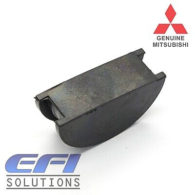 AU5.43 • Buy Genuine Mitsubishi Rocker Cover Half Moon Seal  4G61, 4G63, 4G91, 4G92, 4G93, 4D