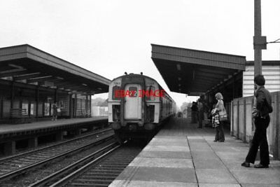 £3 • Buy Photo  1979 Cooden Beach Station Railway Sussex '4-cig' Electric Unit 7363 Enter
