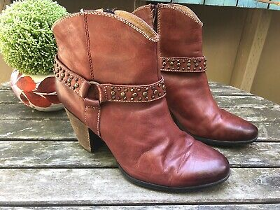 7f07e37a1d84 Sofft Noreen Women's Leather Studded Ankle Boots Harness Western Size 10 W  • 44.99$