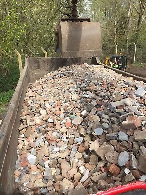 Grab Lorry - Muck Away Soil Removal And Hardcore • 230£