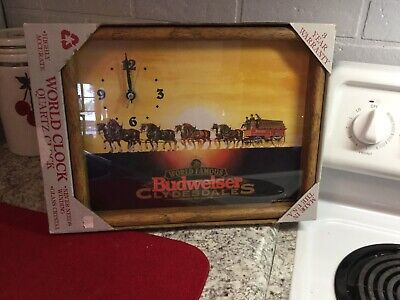 $ CDN84.93 • Buy New In Box 1995 Framed World Famous Budweiser Clydesdale Beer Clock Americana