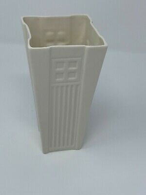 "Belleek Living 6"" Vase-great Condition! Shipped Free • 23.61£"