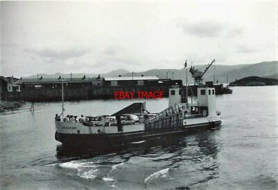 Photo  Isle Of Skye Ferry 'broadford' At Kyle Of Lochalsh Arriving From Kyleakin • 3£