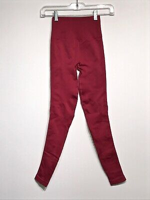 $ CDN60 • Buy Lululemon Zone In Tight 2 Cranberry Red Seamless Compression Ebb Euc