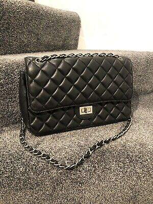Black Quilted Chain Cross Body Bag • 23£