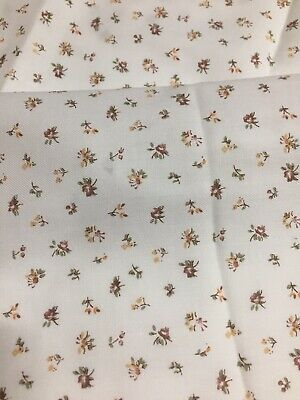 Vintage Fine Wool Fabric With Tiny Flowers 110 Cm Wide X 4 Metres Long • 67.77£