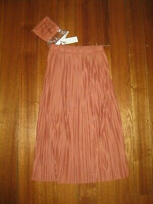 AU20 • Buy Uniqlo Skirt- New With Tags- Size Small