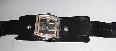$26.99 • Buy Fossil Mens Watch Leather Cuff Band Working  LOT W18