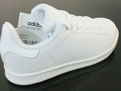 Adidas Stan Smith Fille 】</p>                     </div>   <!--bof Product URL --> <!--eof Product URL --> <!--bof Quantity Discounts table --> <!--eof Quantity Discounts table --> </div>                        </dd> <dt class=