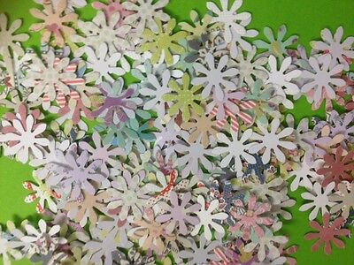 100 Miniature Paper Daisy Flower Card Making Scrapbooking Craft Embellishments • 1.50£