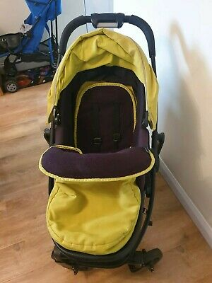 Graco Evo Lime Travel System (Pushchair/Car Seat & Stand) • 45£