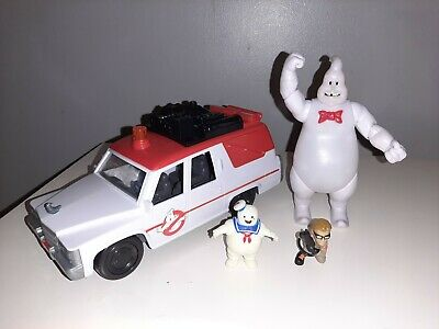 Ghostbusters Ecto 1 And Figures  • 15£