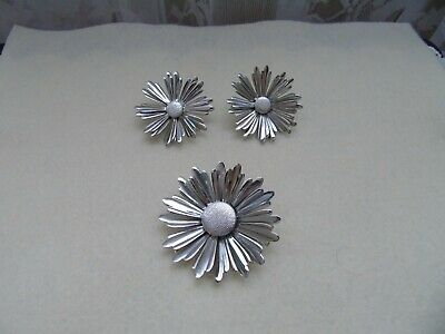 $3.99 • Buy Vintage Silver Tone SARAH COVENTRY 'SUNFLOWER' Pin/Brooch And Matching Earrings