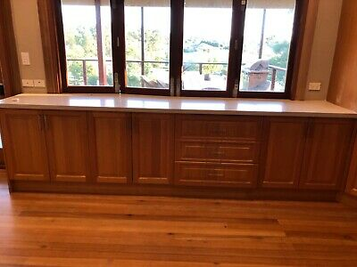 AU3000 • Buy Second Hand Solid Timber Kitchen