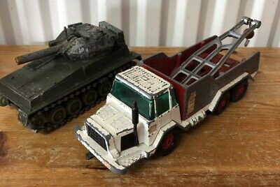 Vintage Crescent Die Cast Tank & Tow Truck Wrecker Recovery Vehicle 1960's • 19.99£