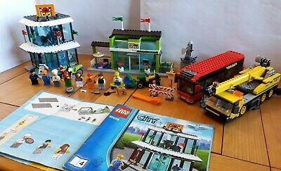 LEGO City Set: Town Square - 60026 - Crane, Bus, Bike Shop, Pizza Restaurant  • 49.99£