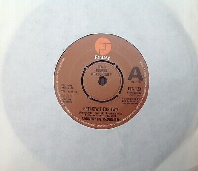 COUNTRY JOE McDONALD 'Breakfast For Two/Lost My Connection' Fantasy Demo 45 • 5.99£