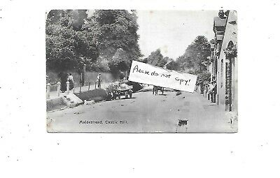 MAIDENHEAD Postcard Castle Hill Berkshire Early • 3.99£