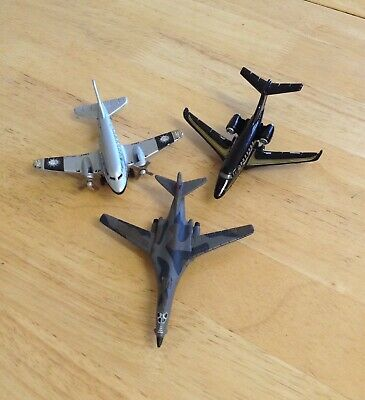 A Group Of Three Unboxed Matchbox Planes. • 6.90£