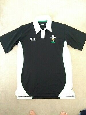 Under Armour Wales Rugby Training Top Medium • 4.20£