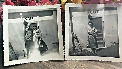 C.1962 Vintage Pair Photos Old Folks Stand Under Racist Cafe Sign SEYMOUR TEXAS  • 10.78£
