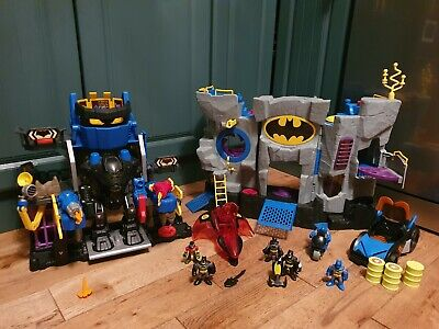2 Batman Caves Plus Extras • 75£