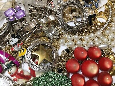 $ CDN13.34 • Buy Vintage To Now Costume Jewelry Lot 2 Lbs Estate Necklaces Bracelets Earring Lot3