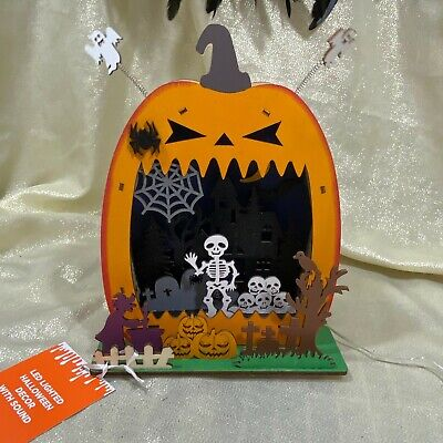 WOODEN DIE CUT HALLOWEEN Angry Jack O Lantern Village Sound LED Graveyard Witch • 34.04£