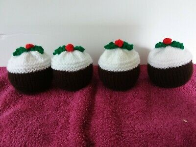 Chocolate Orange Or Bath Bomb Cover Hand Knitted - Christmas Pudding Design. • 5£