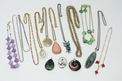 $ CDN50 • Buy Vintage Jewelry Lot, Necklaces And Pendants, Gold Tone, Silver Tone, Owl, Chains