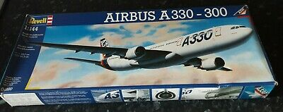 REVELL  1:144 AIRBUS A330-300    04220 Vintage Model Kit Sealed Parts  • 50£