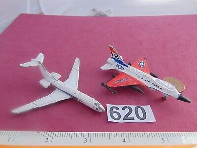 2x Old Small Model Planes • 0.99£