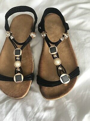 Brand New Sandals With Rose Gold Jewels Size5 • 7.30£