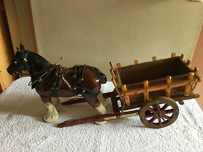 Medium China Shire Horse With Cart • 25£