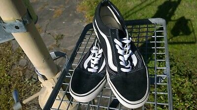 AU32 • Buy Vans-Size 38-Size 6 Men-Size 7.5 Women-Black-721278-Unisex-Current Model-Teen-