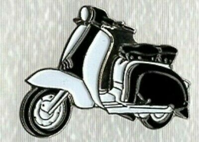 Lambretta Scooter Pin Badge. Black And White. Metal. Enamel. Mods Scooterist  • 1.50£