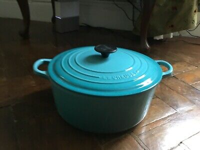 Le Creuset Signature Cast Iron Teal 26cm Round Casserole Pot. New No Box • 200£