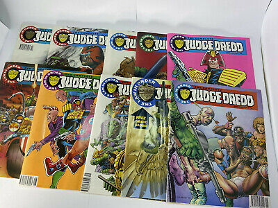 The Complete Judge Dredd 1/2/3/4/5/6/7/8/9/10 - #9 With Badge (1992) 2000AD • 10.99£