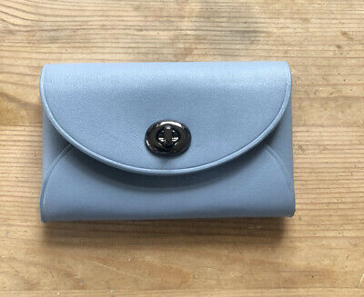 Coach Blue Leather Card Holder • 15£