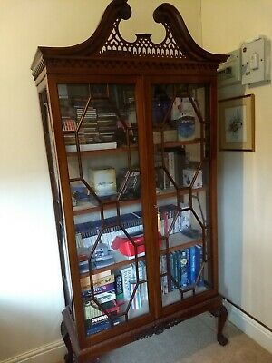 Large Antique Mahogany Display Cabinet • 85£