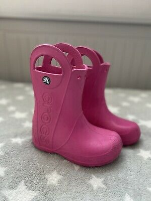 £12 • Buy Girls Crocs Boots Pink Size 11