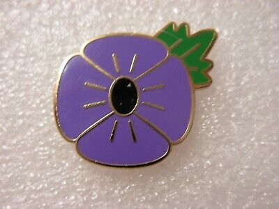 Purple Flower With Leaf Pin Badge. Lest We Forget. Animal Animals. Metal. Enamel • 1.50£