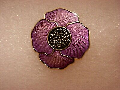 Purple Flower Pin Badge. Large Poppies. Lest We Forget. Animal Animals. Metal. • 2£