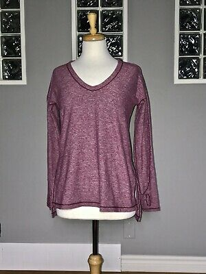 $ CDN66.30 • Buy Lululemon Dash To Class Long Sleeve 6 Heathered Red Grape V Neck Pullover