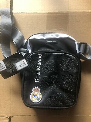 £10 • Buy Authentic Real Madrid Messenger Bag